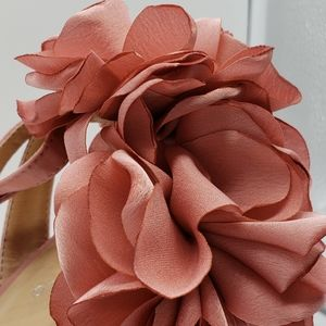 Qupid Shoes - Amber-01 Pink Peony Satin Strappy Heel Sandals